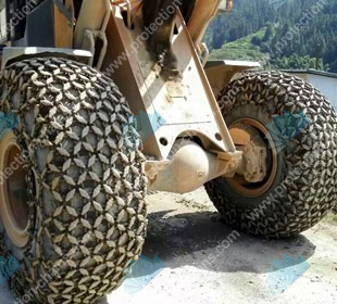Truck tire chains for truck
