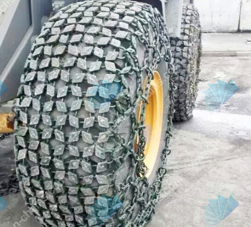 Snow tire chains for snow
